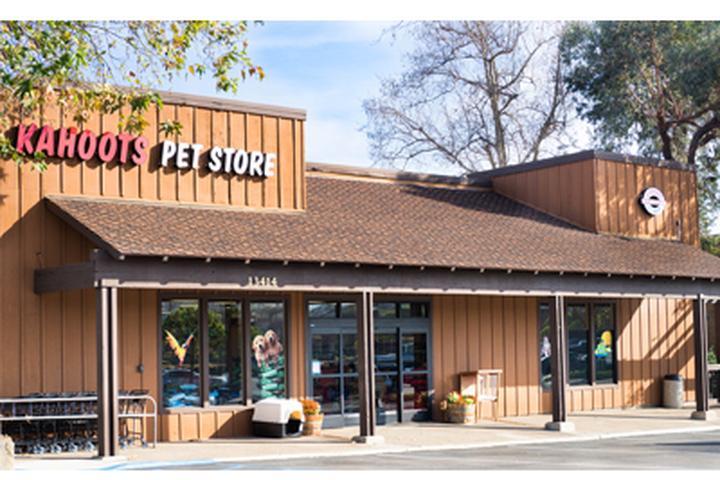 Pet Friendly Kahoots Pet Store Poway