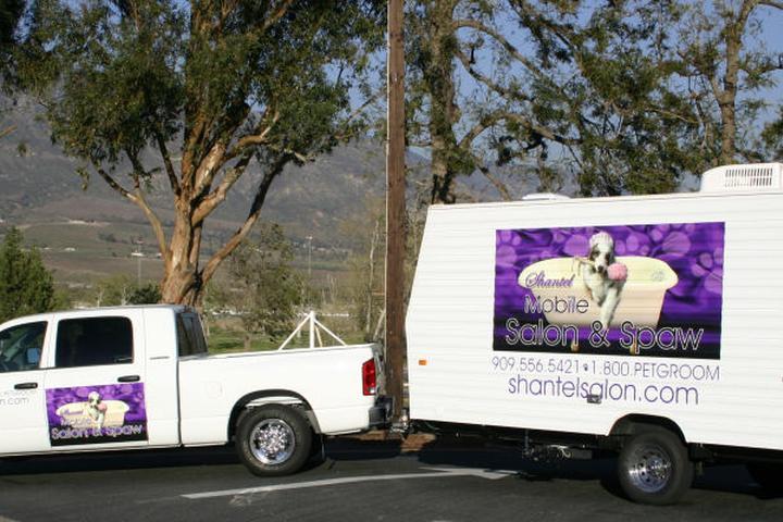 Pet Friendly Shantel Mobile Salon and Spaw