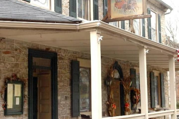 Pet Friendly Springtown Inn