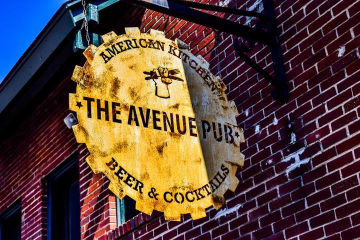 Pet Friendly The Avenue Pub