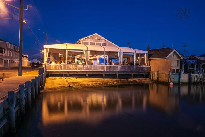 Pet Friendly Mud City Crab House
