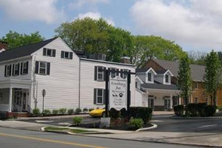 Pet Friendly The Cranbury Inn