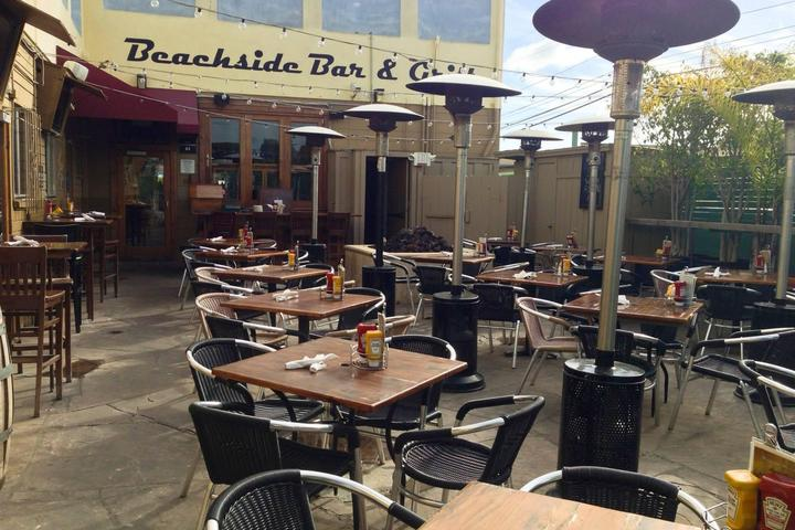 Pet Friendly Beachside Bar and Grill