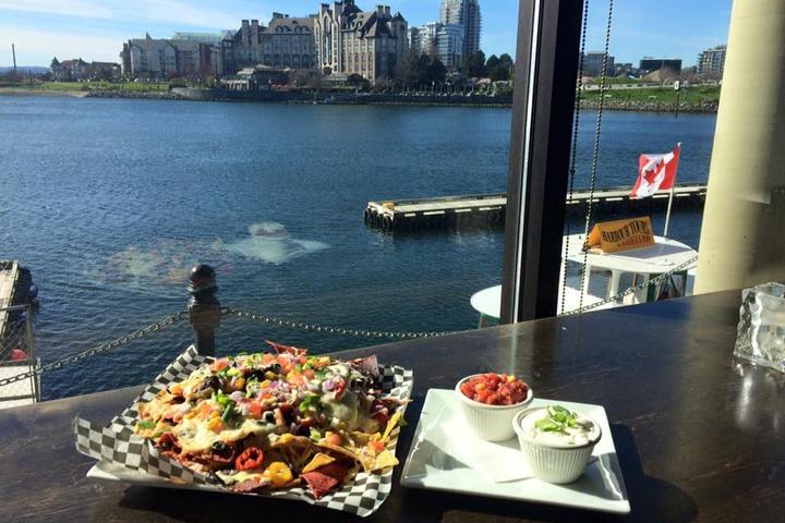 Pet Friendly Lido Waterfront Bar & Bistro