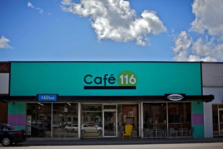 Pet Friendly Cafe 116
