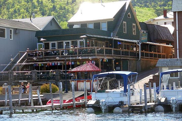 Dog Friendly Restaurants In Lake George Ny Bring Fido