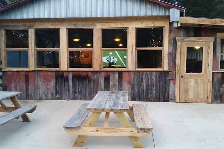 Pet Friendly Swover Creek Farms & Brewery
