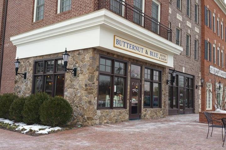 Pet Friendly Chef Nancy's Butternut & Blue Bistro & Bakery