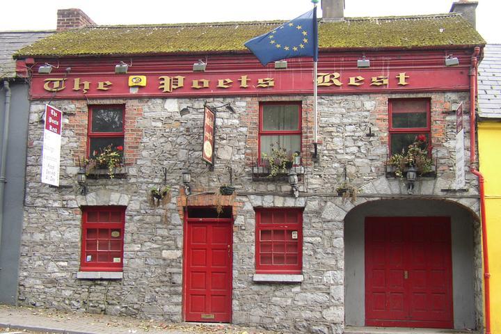 Pet Friendly The Limerick Pub