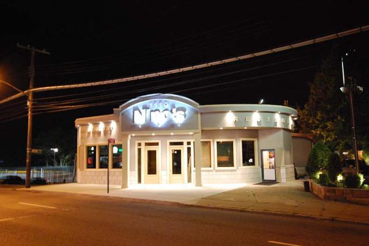Pet Friendly Casa Nino's Pizza House
