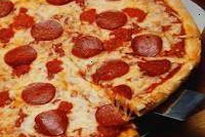 Pet Friendly Manhattan Pizza