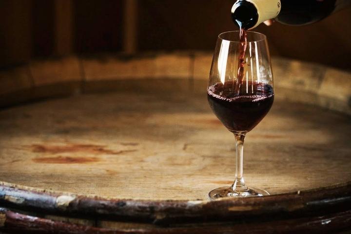Pet Friendly OAK Bistro & Wine Bar