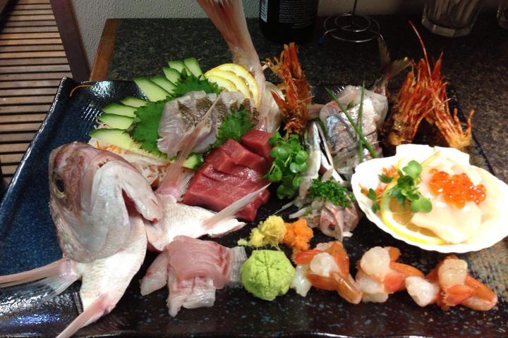 Pet Friendly Tomo Sushi Bar & Grill