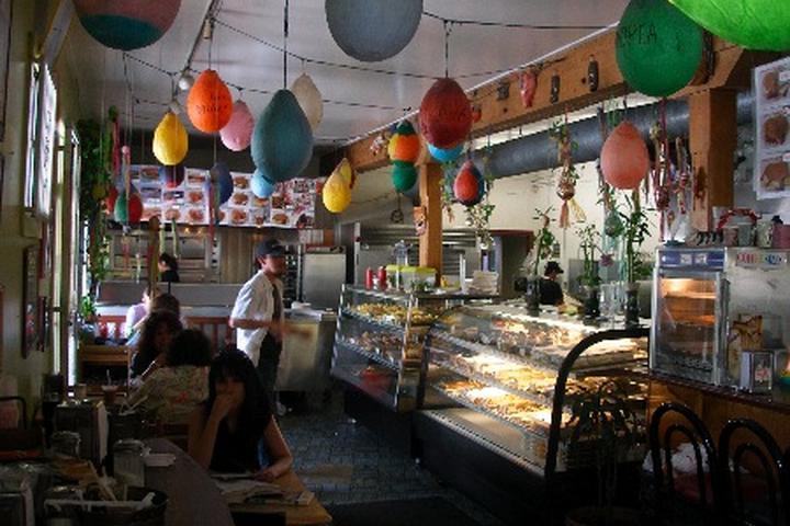 Pet Friendly Cafe Tropical