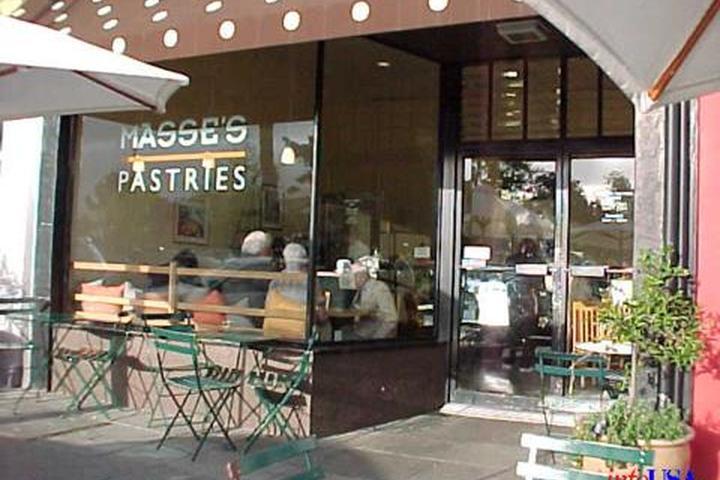 Pet Friendly Masse's Pastries