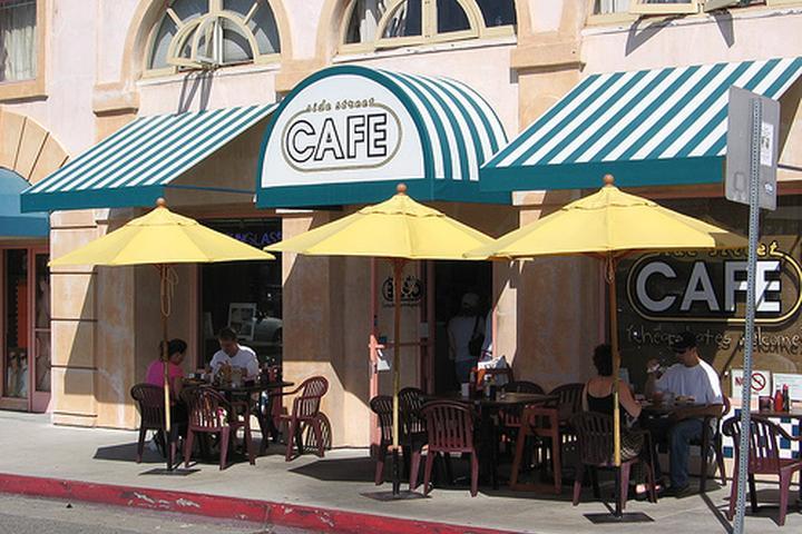 Pet Friendly Side Street Cafe