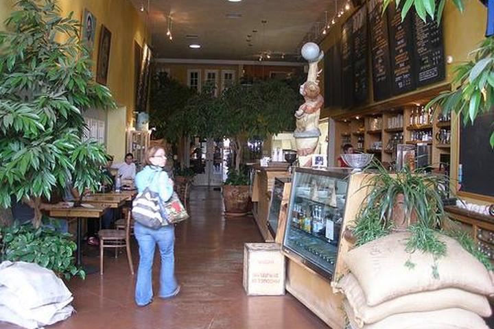 Pet Friendly Caffe Calabria