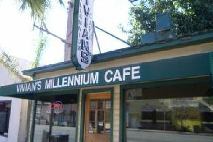 Pet Friendly Vivian's Millenium Cafe