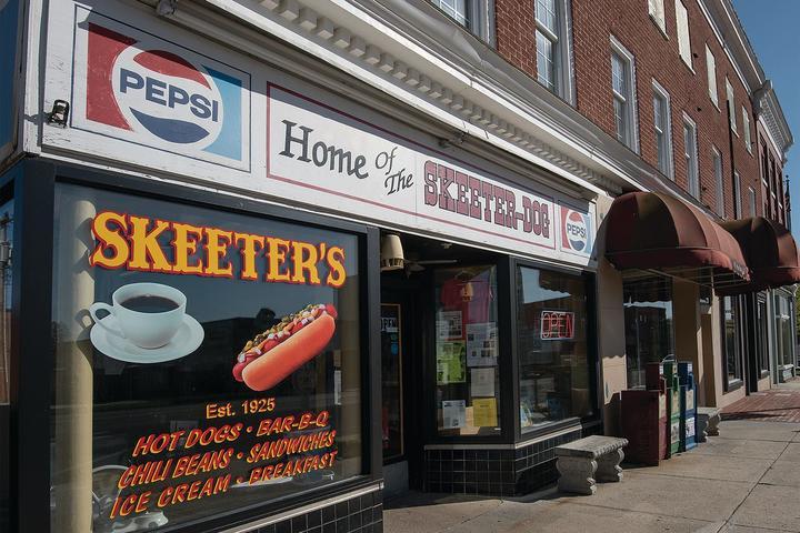 Pet Friendly Skeeter's World Famous Hotdogs