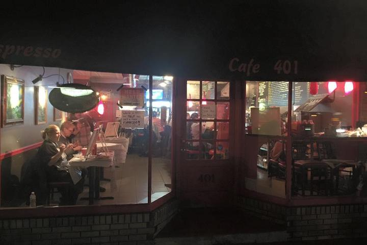 Pet Friendly Cafe 401