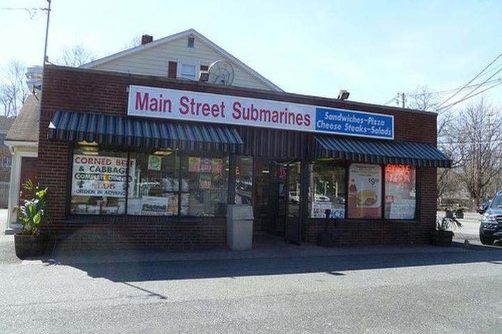 Pet Friendly Main Street Submarines
