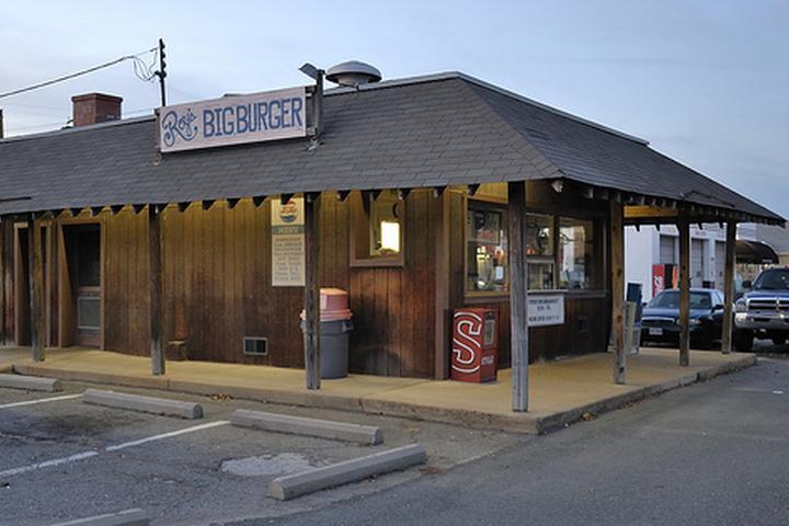 Pet Friendly Roy's Big Burger