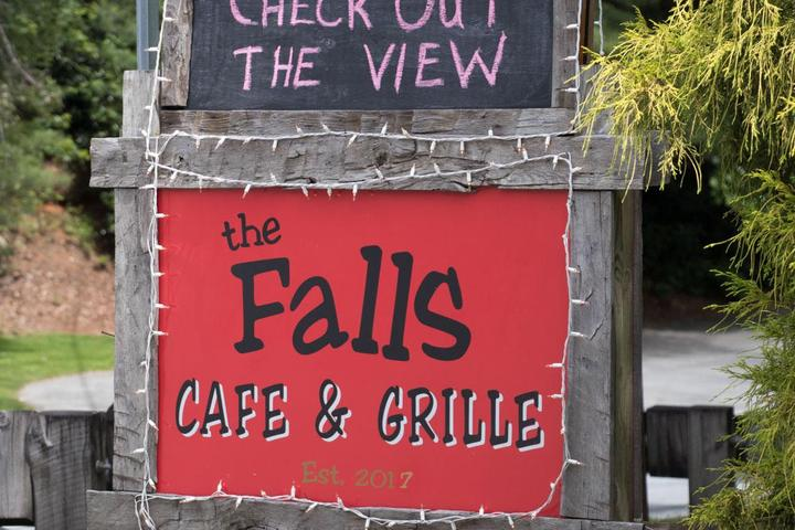 Pet Friendly The Falls Cafe And Grill