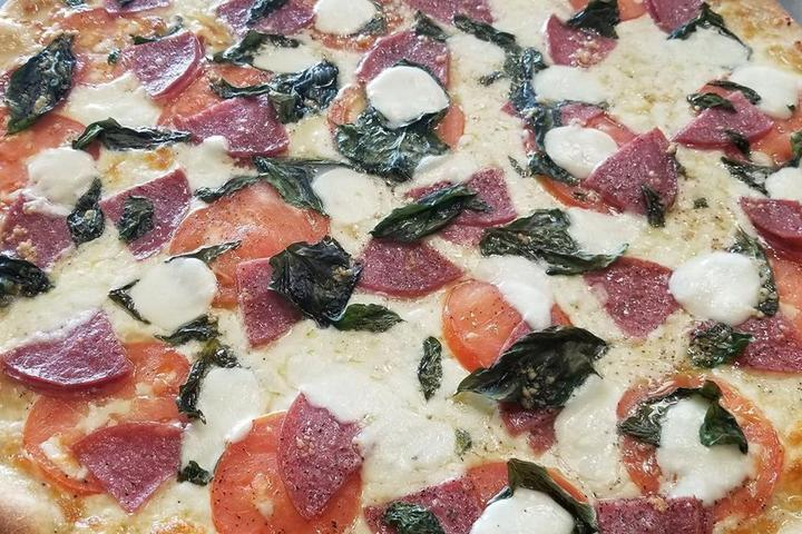 Pet Friendly Mama's Pizza and Grill