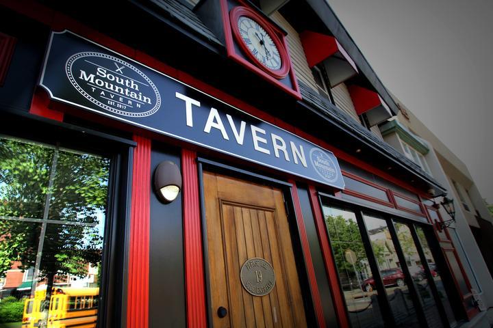 Pet Friendly South Mountain Tavern