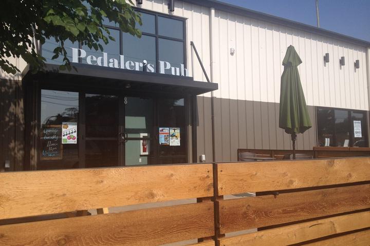 Pet Friendly The Pedaler's Pub