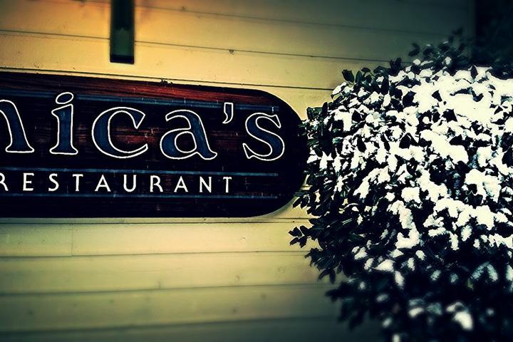 Pet Friendly Mica's Restaurant and Pub