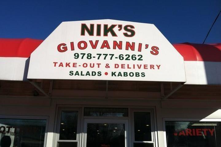 Pet Friendly Nik's Giovannis