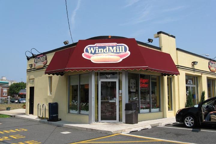 Pet Friendly The WindMill