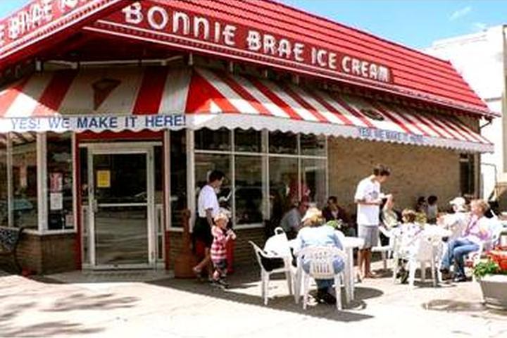 Pet Friendly Bonnie Brae Ice Cream