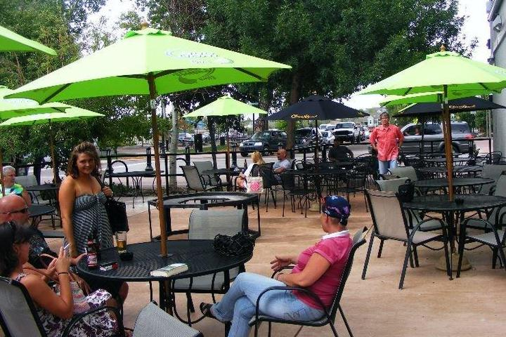 Pet Friendly Tailgate Tavern & Grill
