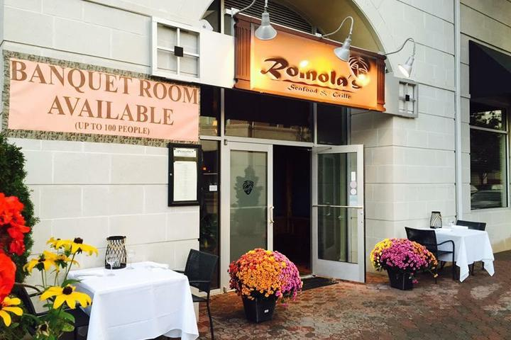 Pet Friendly Romolas Seafood and Grille