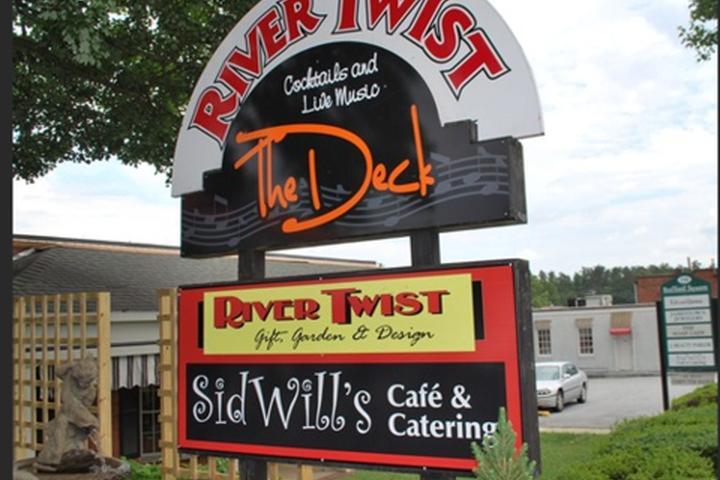 Dog Friendly Restaurants in Jamestown, NC - Bring Fido