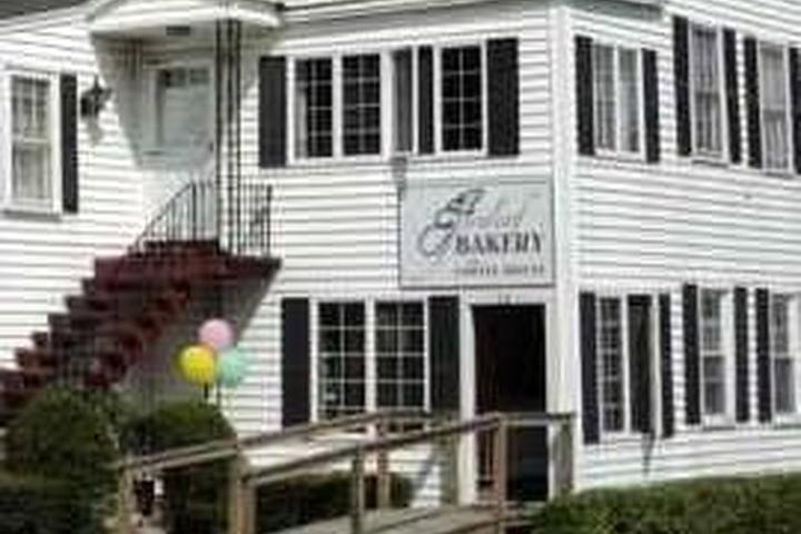 Pet Friendly FernLeaf Bakery and Coffee House