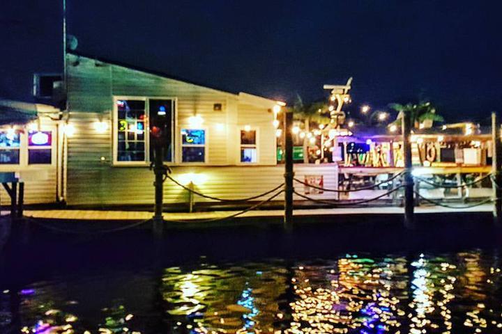 Pet Friendly Hard Yacht Cafe