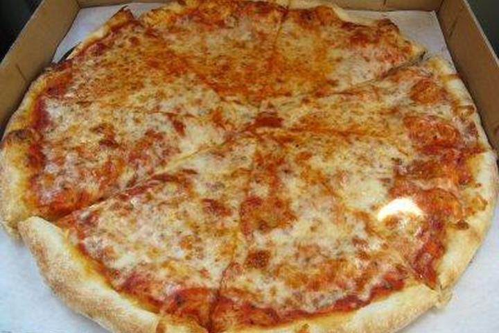 Pet Friendly Manhattan Chicago Real Pizza
