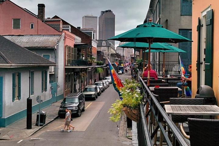 Pet Friendly Cafe Lafitte in Exile