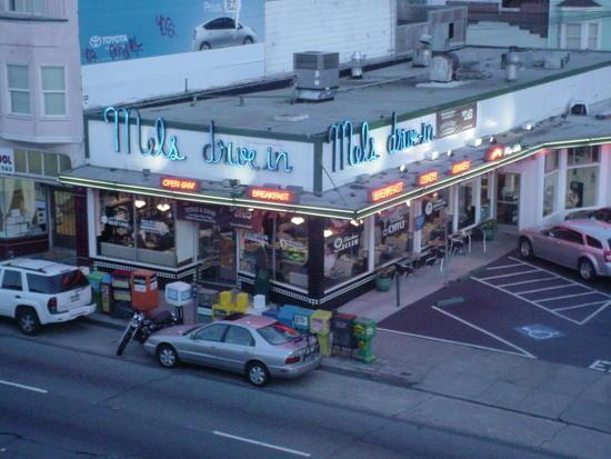 mels drivein california diner - 550×413