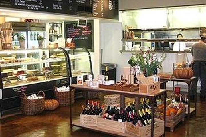 Pet Friendly Coral Tree Cafe