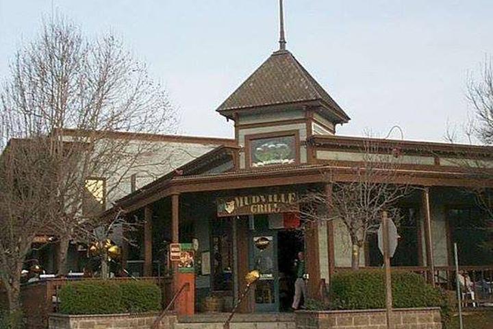 Pet Friendly Ed's Mudville Grill