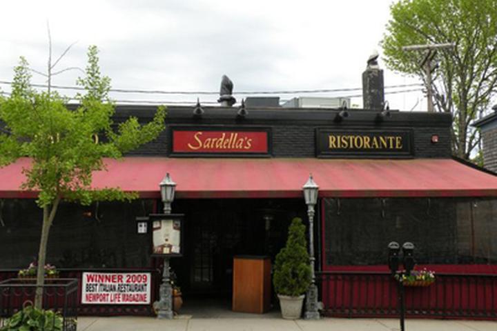 Dog Friendly Italian Restaurants In Rhode Island Bring Fido