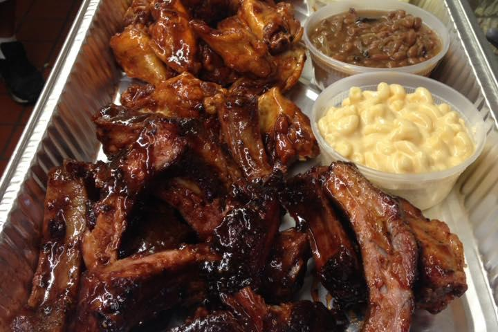 Pet Friendly Big daddyz barbeque and grill