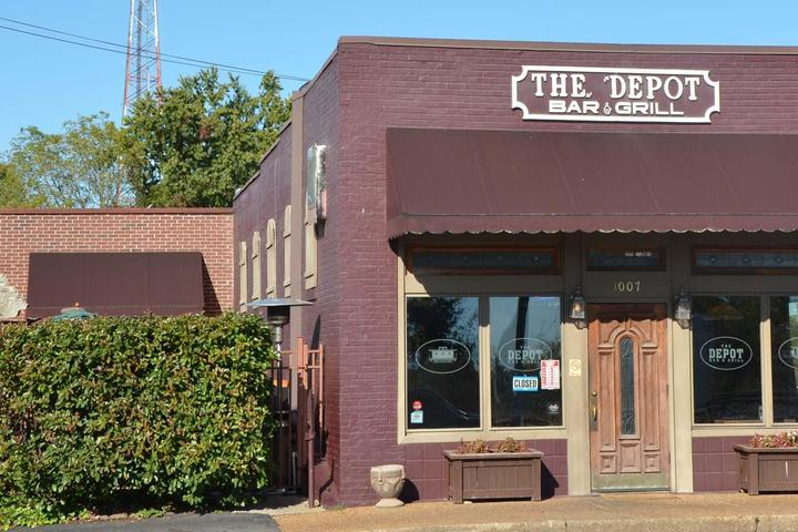 Pet Friendly Depot Bar & Grill