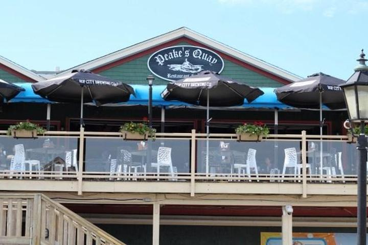 Pet Friendly Peakes Quay Restaurant & Bar