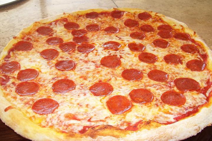 Pet Friendly Tony's Pizza
