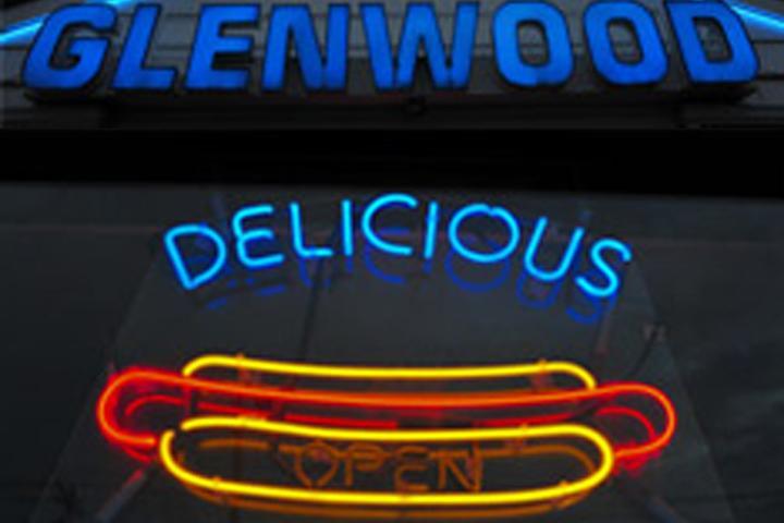 Pet Friendly Glenwood Drive-In